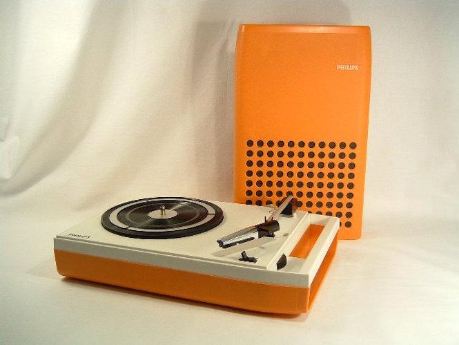 Audio virus: Philips
