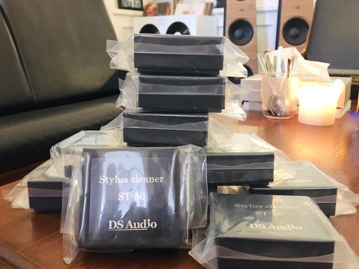 Het is nooit te laat: DS audio ST50 Stylus cleaner